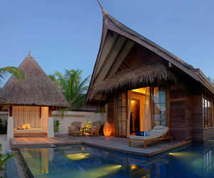 Jumeirah Vittaveli Resort in Maldives