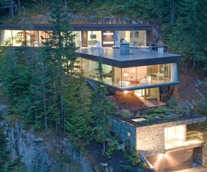 Khyber Ridge Residence by Studio NminusOne