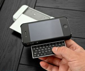 Kiano 4 Keyboard Case IPhone 4