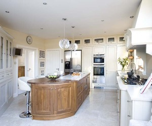 Kitchen by Woodale Designs