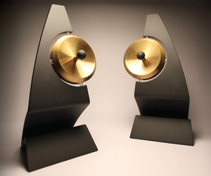 Klang Ultrasonic Speakers Gives Direction to Your Music