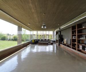 KM House by Estudio Pablo Gagliardo