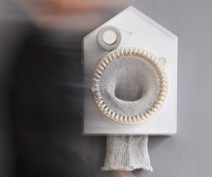 Knitting Clock by Siren Wilhelmsen