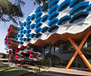 La Trobe Institute for Molecular Science by Lyons