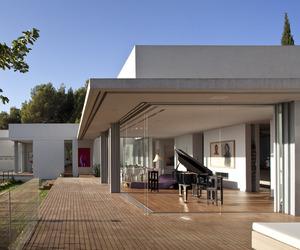 LAM Residence by Arstudio – Arnin Nir Architecture