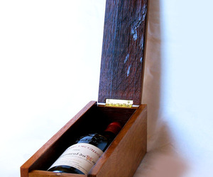 Lamberghini, luxury wine gift box, recycled barrel