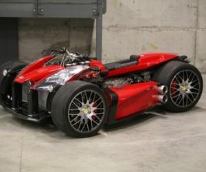 Lazareth Wazuma VF8 Quad Powered by Ferrari
