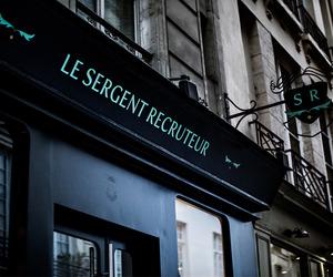 Le Sergent Recruteur Restaurant by Hayon Studio