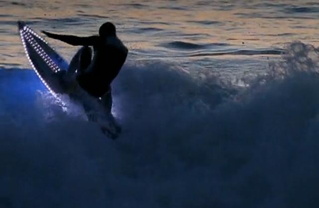 Colored Led Lights >> LED Surfboards Light Up the Ocean