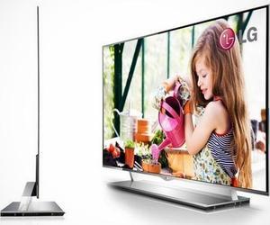 LG 55EM9600 55 inch OLED TV 4 mm  (0.16