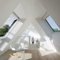LICHTAKTIV House By Katrina Fey