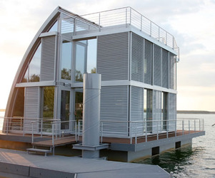 Life on Water Designed by Steeltec37