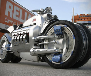Limited Edition Dodge Tomahawk