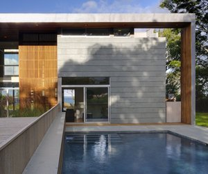Lion's Head Residence by Bates Masi Architects