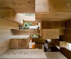 Low Cost and Easy Maintenance Wooden House Design