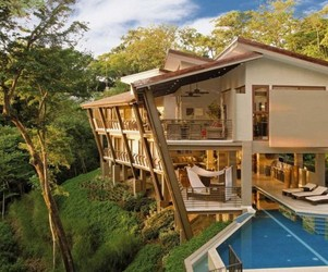 Luxurious Holiday House