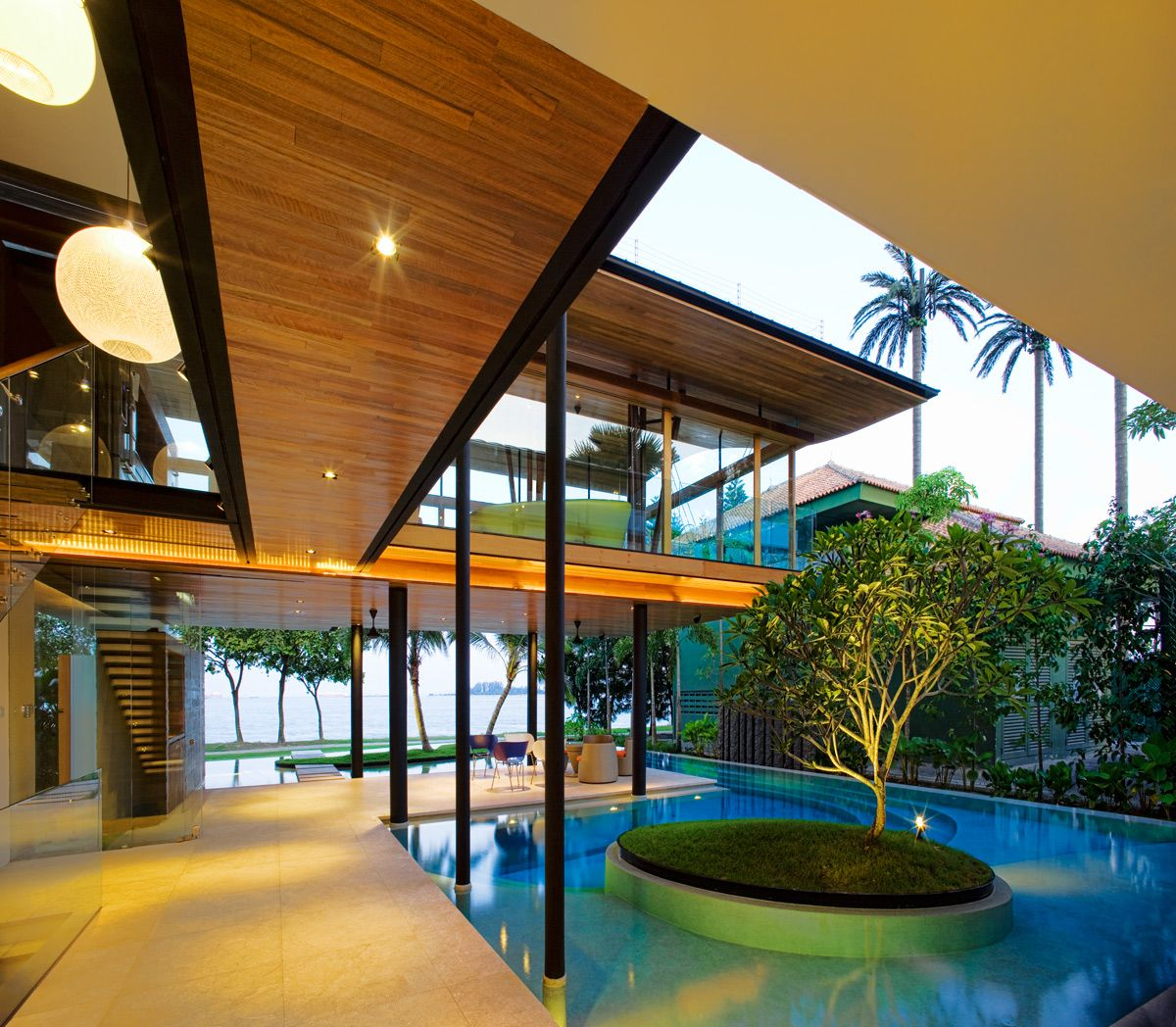 Luxury fish house in singapore - La residence exotique fish house singapour ...