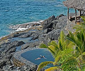 Luxury Oceanfront Pool