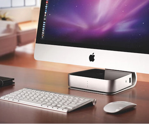 Mac Companion Hard Drive by Iomega