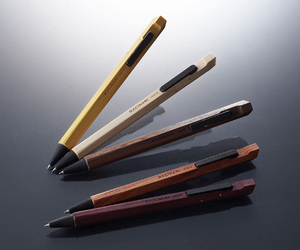 MACINARI: Ballpoint Pen All Made of Wood