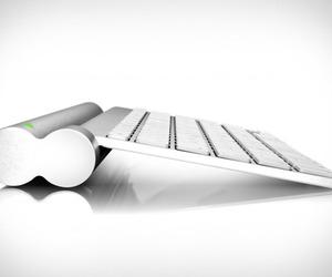 Magic Bar | Wireless Keyboard Inductive Charger