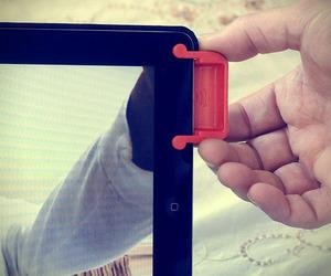 Magnetic iPad Sound Enhancer | SoundBender
