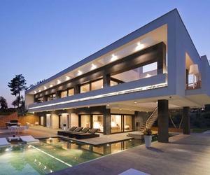 Magnificent Lagula Villa in Spain