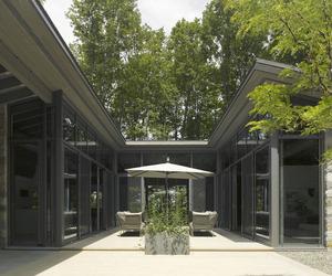 Maison de Bromont by Paul Bernier