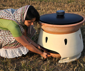 Making Sea Water Drinkable By Solar Oven