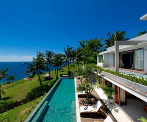 Malimbu Cliff Villa in Indonesia