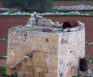 Maltese Corbelled Hut