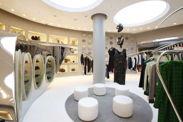 Marni boutique interior design in las vegas for Interior designs of boutique shops