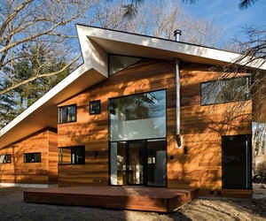 Massachusetts Gallery Home by NPS Architects