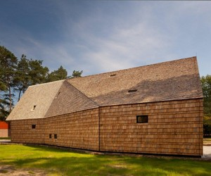 Mennonite Church by FARO Architecten