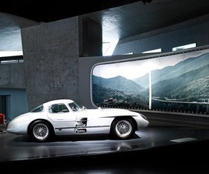 Mercedes Museum by Michael Schnell