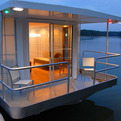 MetroShip, A Modern Luxury Houseboat.