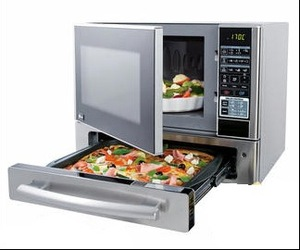 Microwave + Pizza Oven by LG