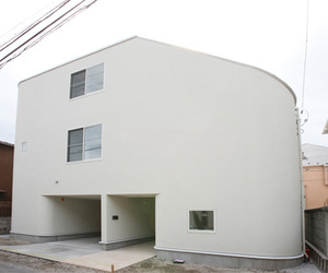 Middle Meguro House by Level Architects