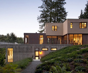 Extraordinary modern farmhouse in rural texas by olsen studios for Mill valley architects