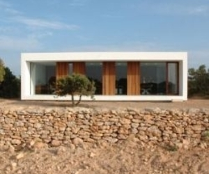 Minimalist House And Studio