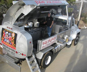 Mobile Ford Tanker Grill by Brekaway