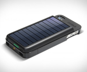 Mobius | Iphone Solar Powered Case