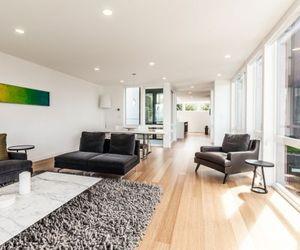 Modern Aurea Home in Seattle