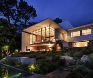 Modern Bridle Road Residence in Cape Town