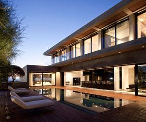 Modern Concrete Beach Home in Israel