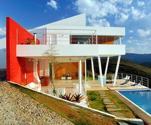 Casa Nova Lima on a Hilltop by Morato Architecture