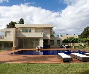 Modern Private Residence by Lanciano Design