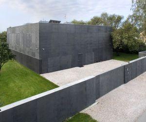 Modern Safe House by Robert Konieczny