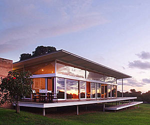 Ooi house and Chalet Modern Vacation Rental in Australia