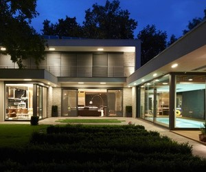 Modern Villa F by DÉR Architects
